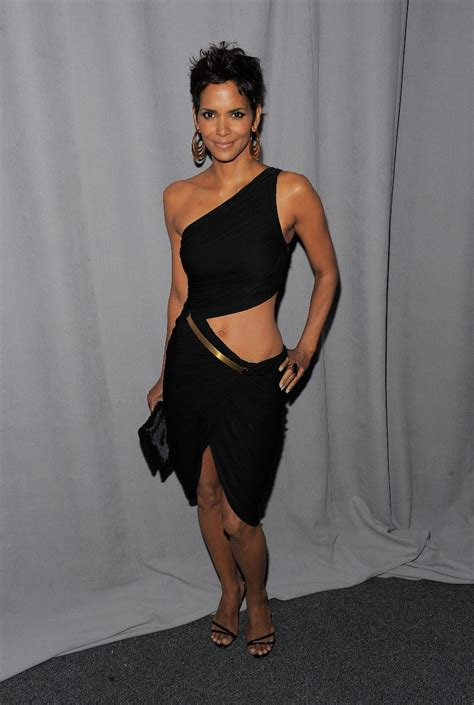 Halle Berry Warms Up by Gutter