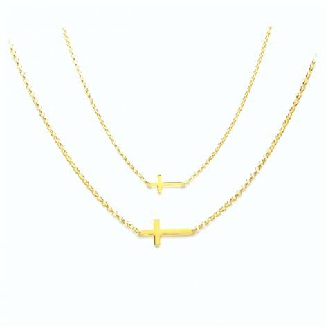 cadenas de oro significado cadena y colgante cruz horizontal o tumbada en plata y oro