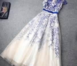 Stradivarius Ruffled Top With Swiss Embroidery high waist embroidery evening dress layered ruffled skirt