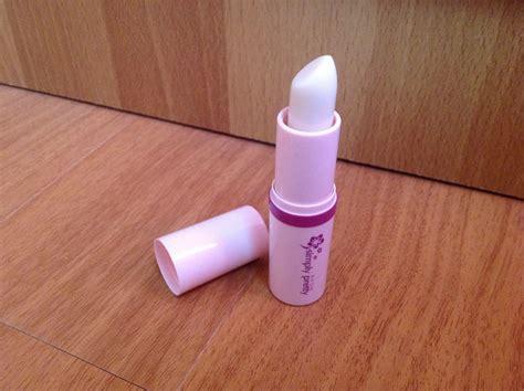 7 Pretty Lip Glosses by Impression Review Color Magic Lipstick Avon Simply