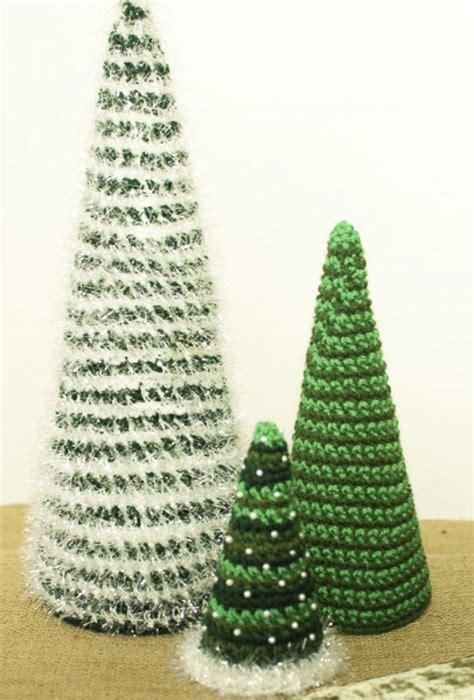 25 beste idee 235 n over gehaakte kerstbomen op pinterest