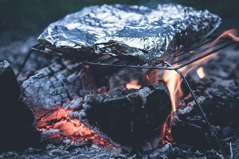 Nettoyer Sa Grille De Barbecue by 10 Fa 231 Ons De Nettoyer Sa Grille De Barbecue Astuces De