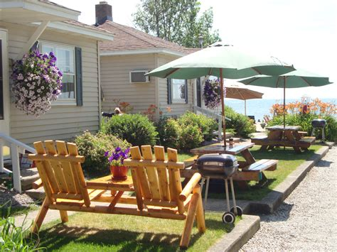 Tawas Cabins by Young S Getaway Beachfront Resort Member Directorytawas