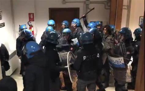 facoltà lettere bologna bologna cariche di polizia dentro la facolt 224 di lettere