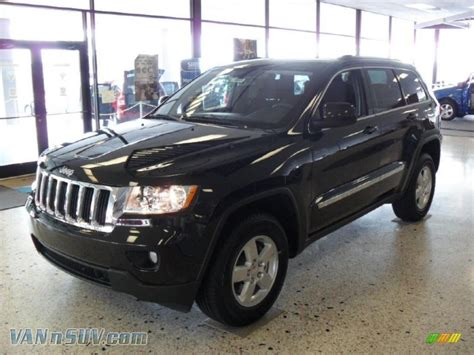 jeep laredo 2011 2011 jeep grand cherokee laredo 4x4 in brilliant black