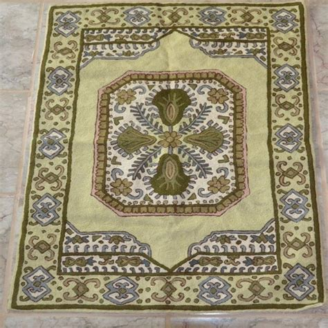 crewel rug 17 best images about crewel rugs on cotton canvas circle pattern and rugs