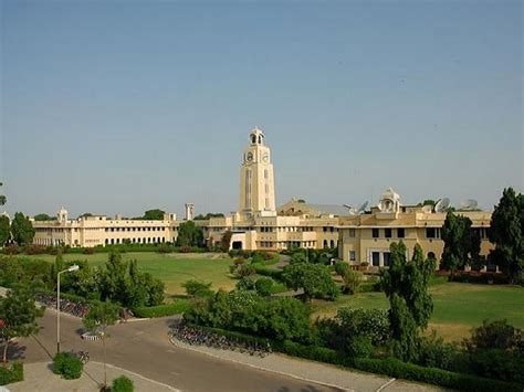 How To Get Into Bits Pilani For Mba by Bits Pilani Offers Mba Programme Admission 2014 15