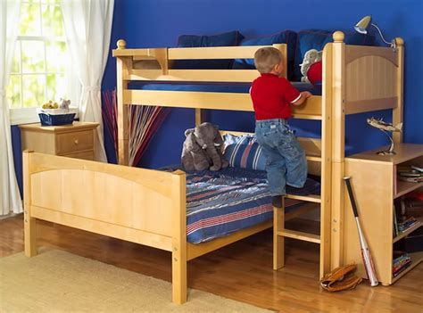 perpendicular bunk beds how to choose bedroom furniture for your kids the