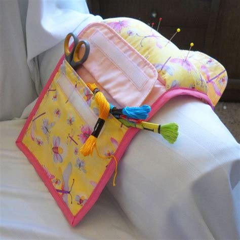armchair sewing caddy 99 best images about sewing caddy on pinterest armchairs sewing caddy and pin cushions