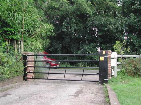 Westcountry Gates Wood Gates westcountry gates vertical gates in devon amp cornwall