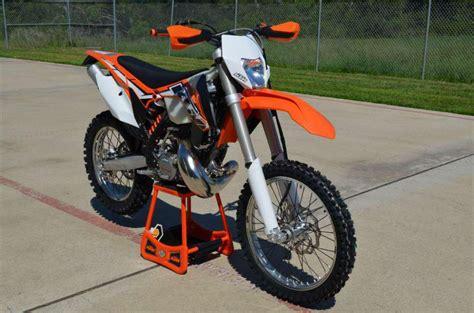 2014 Ktm Dirt Bikes Buy 2014 Ktm 200 Xc W Dirt Bike On 2040 Motos