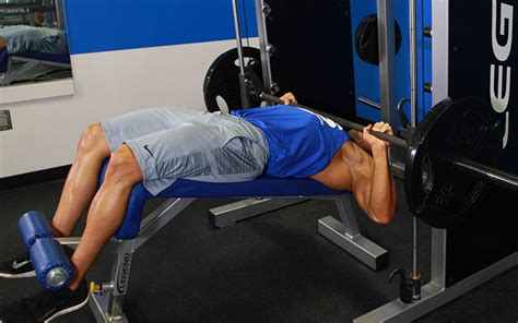 smith bench press machine decline smith machine bench press video exercise guide tips