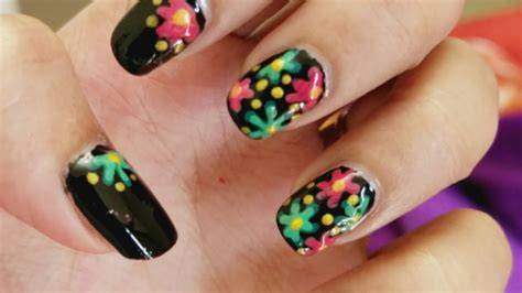 nail art tutorial using toothpick flower nail art using a toothpick youtube