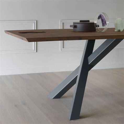 tavolo legno nero amazing gustave plus r tavolo in metallo verniciato nero