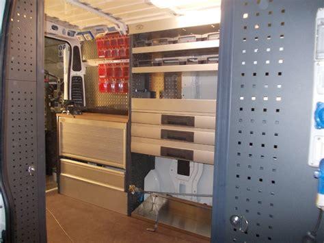 scaffali per furgoni fai da te allestimento furgone ducato con scaffali e compressore