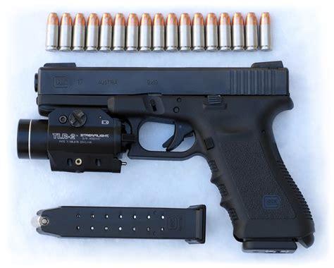 glock 17 laser light semi auto pistol glock 17 emptormaven