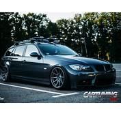 Stanced BMW 330i Touring E91