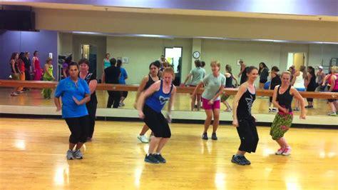 zumba workout tutorial aqua zumba 174 choreography to crazy love instructor