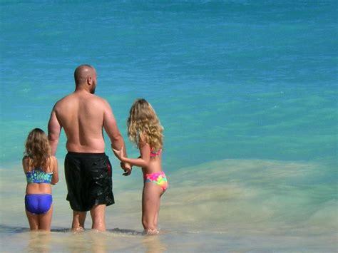 Disney Hawaiian Sweepstakes - win a hawaiian vacation at disney s aulani green vacation deals