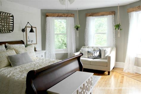 farmhouse bedroom farmhouse bedroom makeover christinas adventures