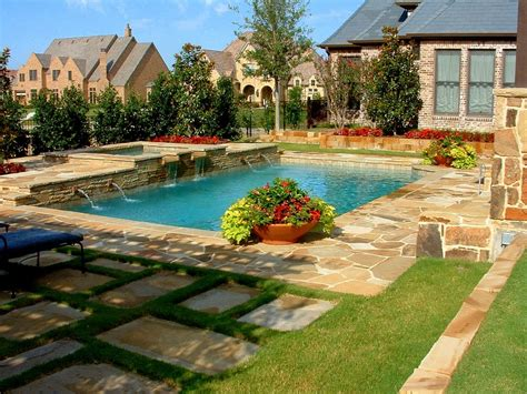 giardino in casa giardino con piscina per godersi l estate in casa