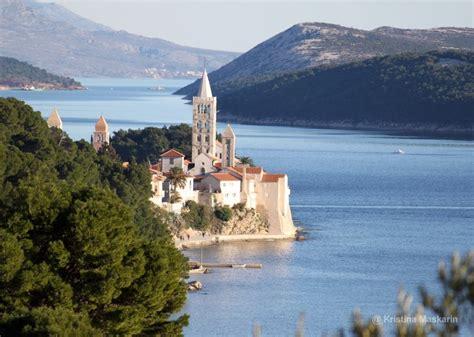 Small Cute Houses Best Holidays In Croatia Island Rab