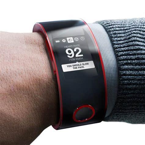 Harga Sepatu Asics Di Sport Station nismo smartwatch nissan s new smartwatch innovation