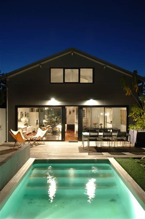 Häuser Renovieren Vorher Nachher by Ha 01 R 233 Habilitation D Un Hangar Modern Pools