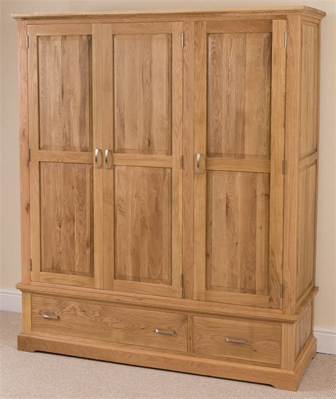aspen oak bedroom furniture aspen solid oak wood triple wardrobe with 2 drawers