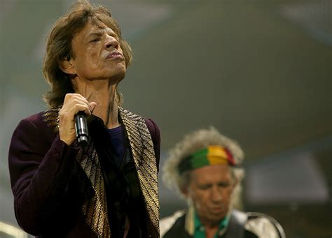 Mick Jagger Abandons Tour To Be With Sick by Mick Jagger S Rollicking Winery Tour Of Sa The New Daily