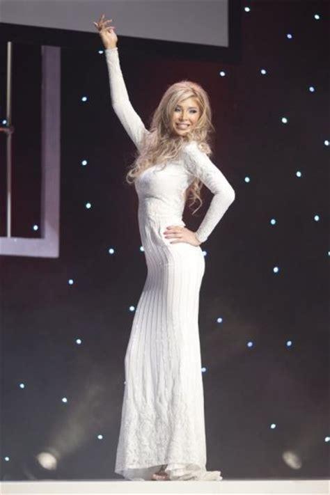 jenna talackova breaks top 12 in miss universe canada 2012 transgender miss universe canada contestant loses