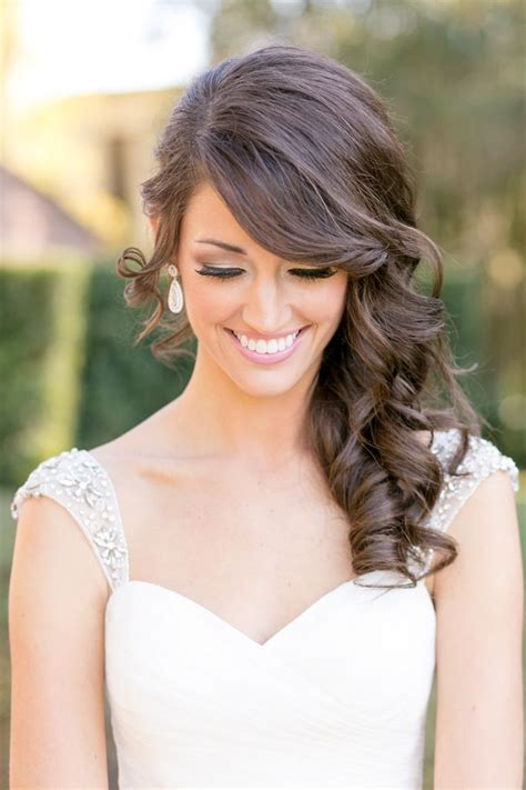Curly Hairstyles To The Side For Wedding by 136 Exquisite Wedding Hairstyles For Brides Bridesmaids