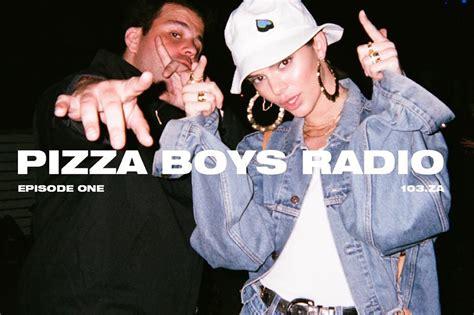 membuat pizza gang kendall jenner membuat podcast tren baru setelah vlog