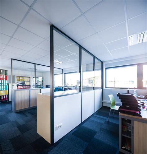 isolation phonique bureau cloison amovible vitr 233 e de bureau open space isolation