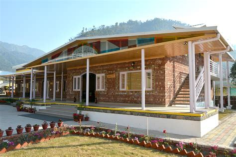 Best Resort in Dehradun, Best Hotel in Dehradun   Resort