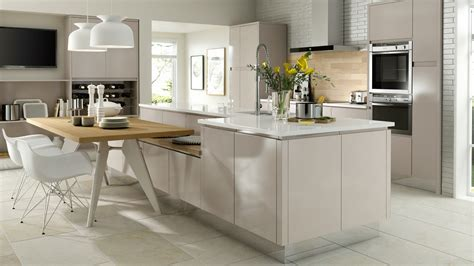Traditional Kitchen Design Ideas by Fusion Gloss Cashmere Kitchen J Pull Handles High