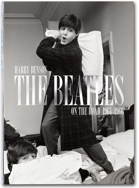 libro 1966 the year the harry benson the beatles taschen books