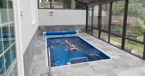 turn  sunroom   private pool room