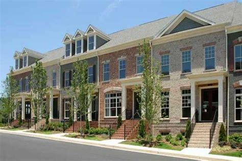 5 advantages of living in a townhouse caliber homes