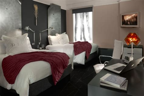 room decor idea decor ideas inspired by california hotel rooms photos huffpost