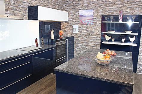 Winkelküche Kaufen by K 252 Che Hochglanz K 252 Che Blau Hochglanz K 252 Che Blau In