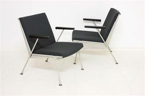 Limited Edition Kaki Sofa 10 Cm Bulat Aluminium 391 wim rietveld oase chair ahrend de cirkel switzerland