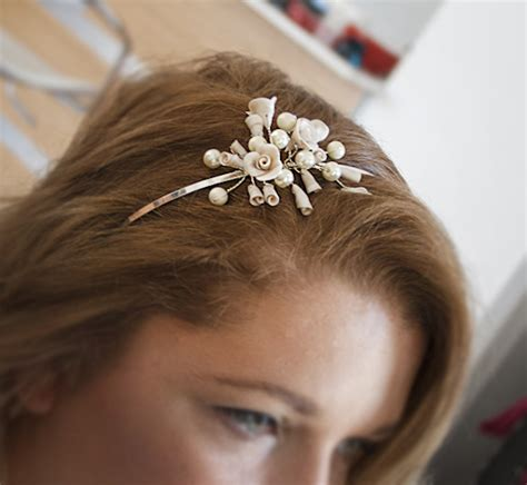 Wedding Hair Accessories Diy by 12 Whimsical Diy Wedding Hair Accessories Thegoodstuff