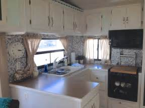 cer trailer kitchen ideas top 25 best 5th wheel cer ideas on rv