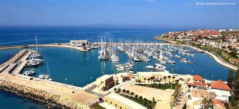 porto di marina di ragusa porto di marina di ragusa pi 249 15 di presenze ma calano
