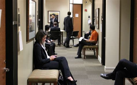 Mccombs Mba Employment Report by Mba Career Management Report Mbas Are In Demand