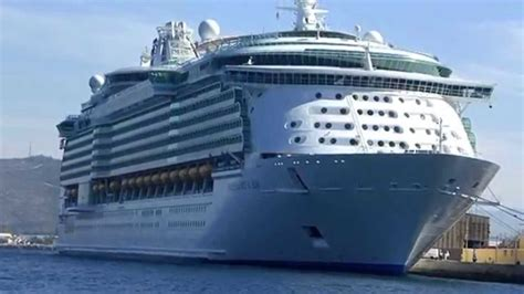 biggest boat in the world 2015 biggest ships in the world 2015 2016 youtube
