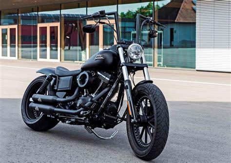 Harley Street Bob Tieferlegung by Harley Davidson