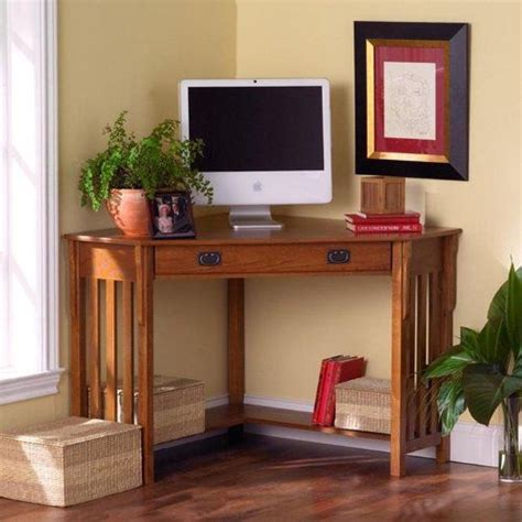 Corner Desk Small Spaces Computer Desks For Small Spaces Corner Computer Desks For Small Spaces Sweet Spot Small