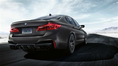 bmw  edition  years debuts   sinister  hp sedan